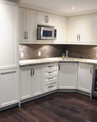 white cupboard kitchen